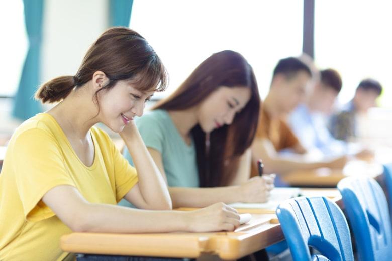 【税理士試験】大学生の、試験合格までの最適ルートとは?