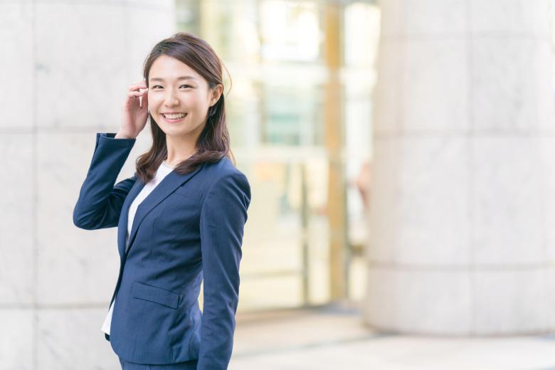 公認会計士の年収や労働環境、転職などについて